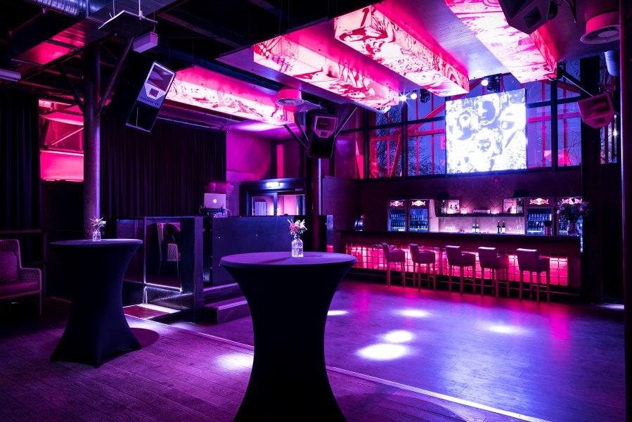 Tanzfläche mit Bar, © Copyright/Dr. Thompson´s Gastro GmbH & Co KG