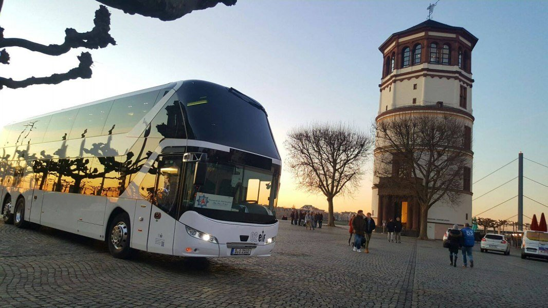 Frontansicht, © Copyright/02elf travel GmbH & Co. KG