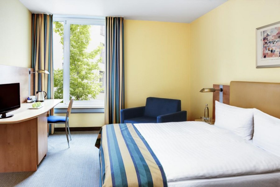 Guest room Business, © Copypright/Intercity Hotel Düsseldorf