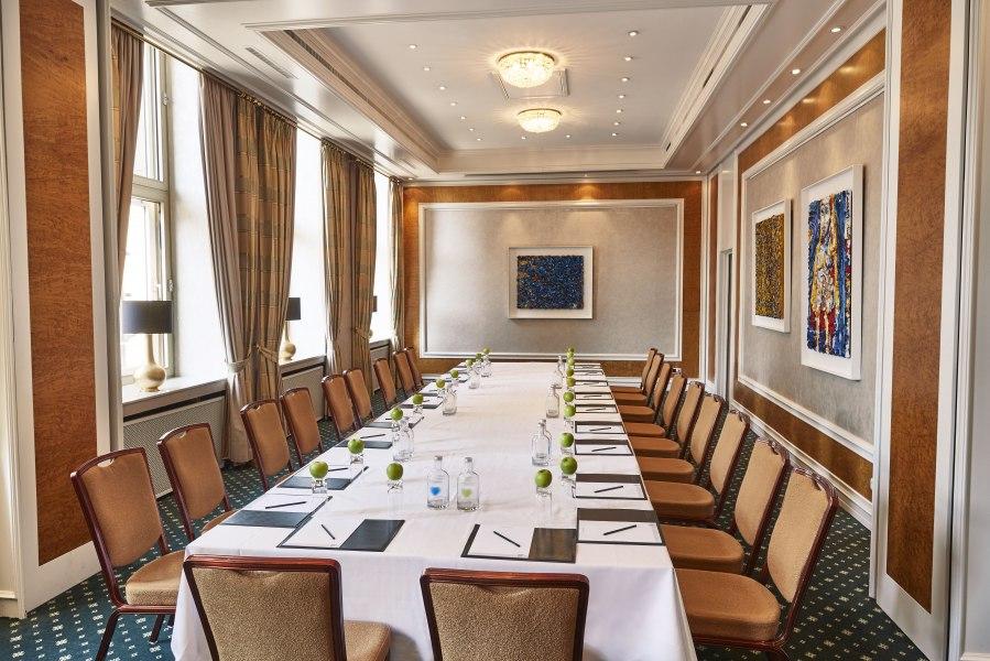 Dumont Lindemann Konferenzraum, © Copyright/Steigenberger Parkhotel