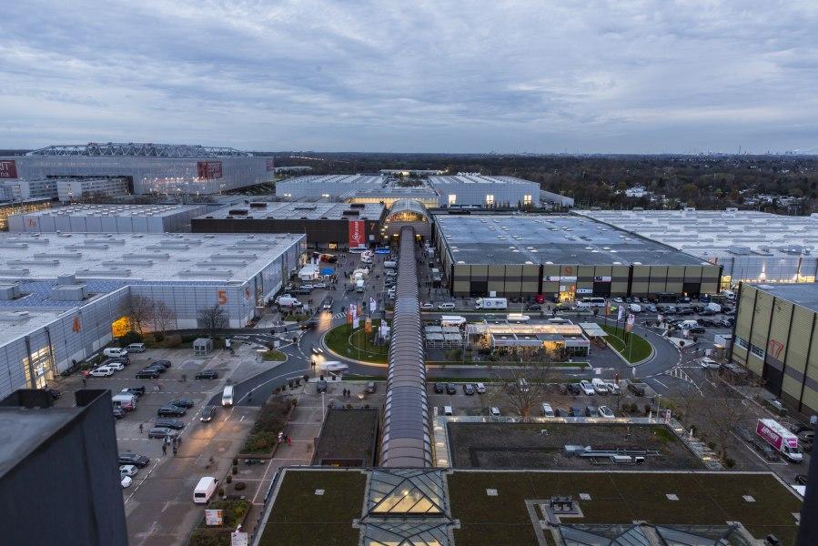 Trade fair area view in the evening, © Copyright/Messe Düsseldorf