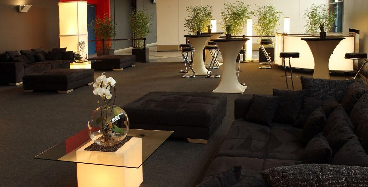 VIP-Raum Lounge, © Copyright/D.LIVE GmbH & Co. KG