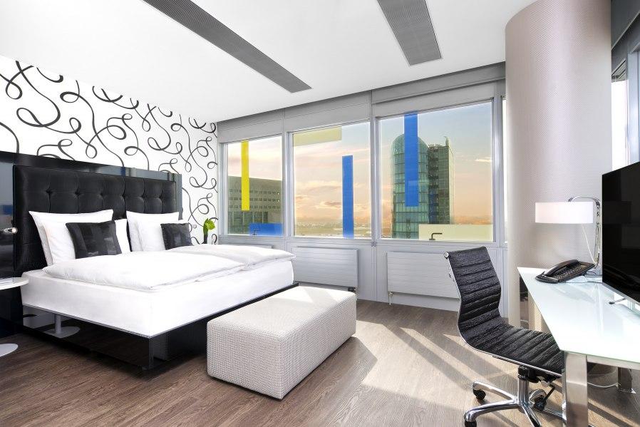 Lifestyle suite, © Copyright/INNSIDE Düsseldorf Hafen