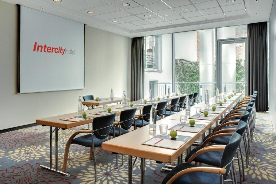 """Konferenzraum """"Heinrich Heine"""", © Copypright/Intercity Hotel Düsseldorf"""