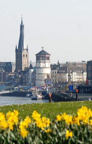 Individuelle Stadtrundfahrten, © Copyright/Düsseldorf Tourismus GmbH