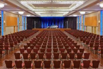 Rheinlandsaal theatre seating, © Copyright/Hilton Dusseldorf