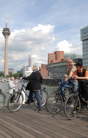 Düsseldorf per Rad, © Copyright/Düsseldorf Tourismus GmbH