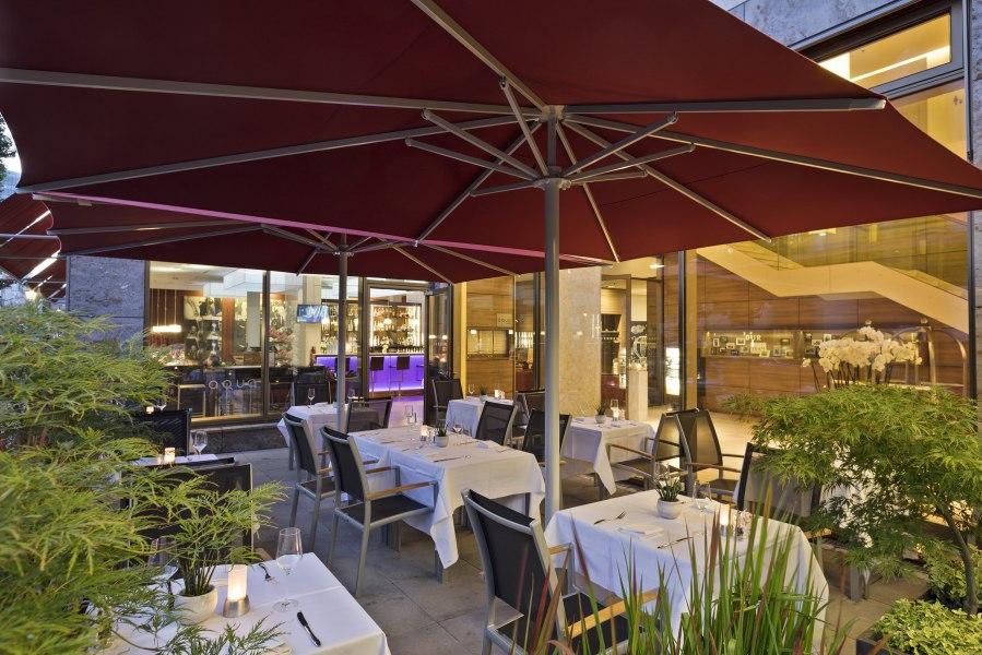 Restaurant Terrasse, © Copyright/Meliá Düsseldorf