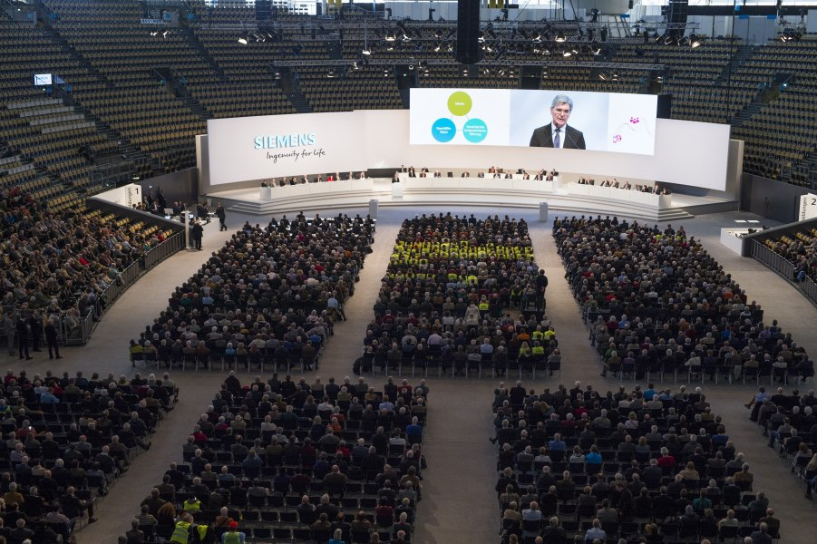 Hauptversammlung SIEMENS AG, © Copyright/GAHRENS + BATTERMANN GmbH & Co. KG