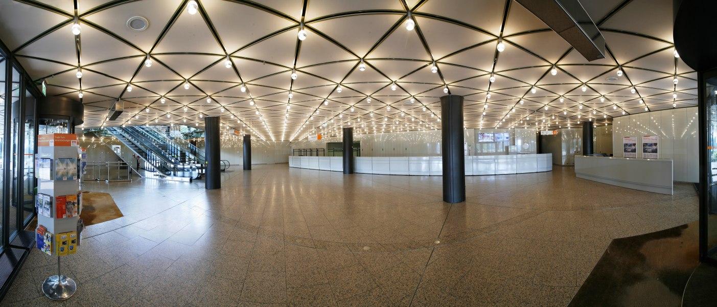 Foyer Stadthalle, © Copypright/CCD Congress Center Düsseldorf